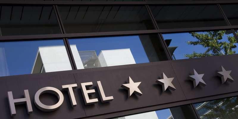 6 Hal Positif Bila Kerja di Hotel Bintang 5