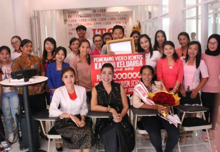Kampus ITS Gelar Seminar Women Empowerment & Beauty Class
