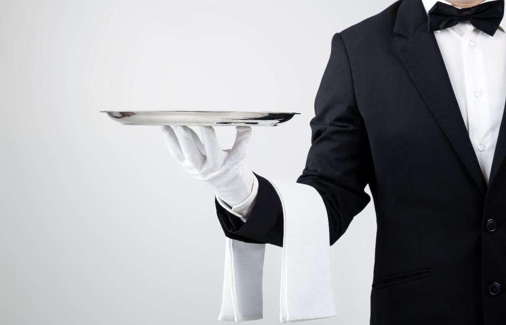 Tips Rahasia Untuk Menjadi Waiter/Waitress Profesional
